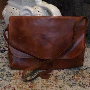 KW Leather-Messenger Bag